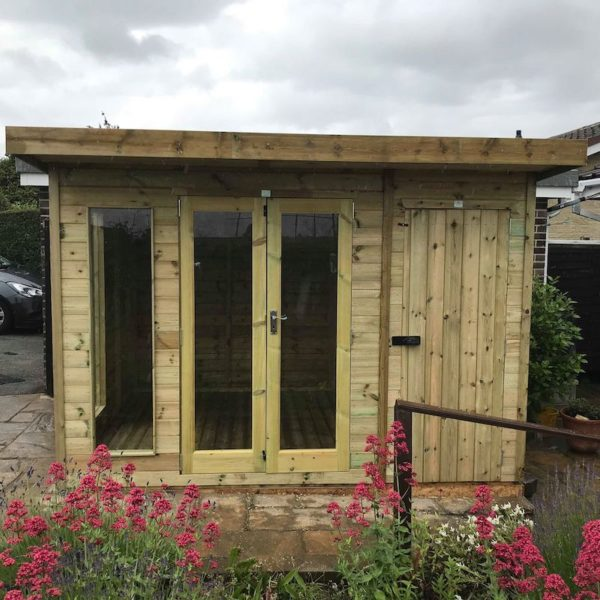Contemporary Royal/Shed Combi - with Pent Roof and Overhang